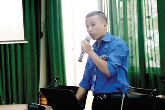 """Chàng trai """"gỡ rối"""" của Trung tâm Công nghệ thông tin, VNPT Đắk Lắk"""