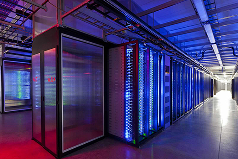 Bộ TT&TT Ban hành Chỉ thị 33/CT-BTTTT về tăng cường biện pháp quản lý hoạt động cung cấp, sử dụng dịch vụ trung tâm dữ liệu.