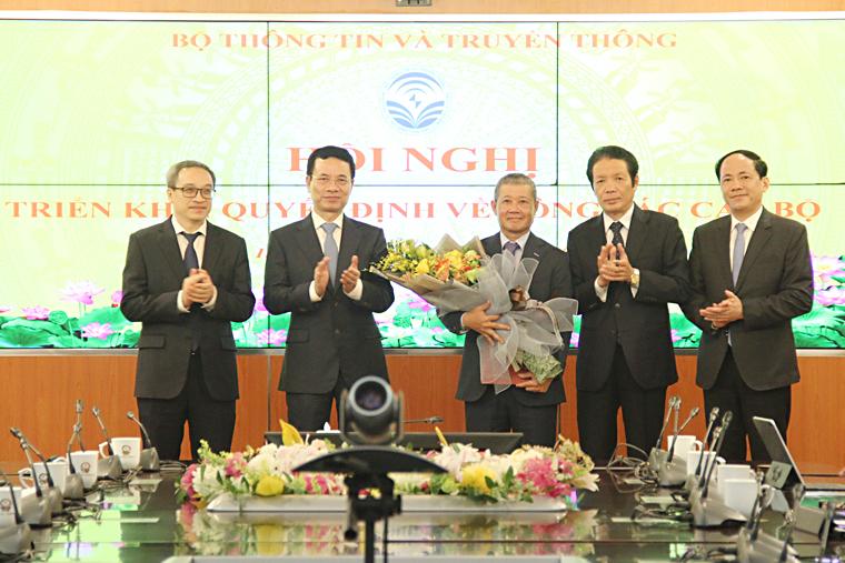 Chia-tai-anh-hung-tt-1.jpg